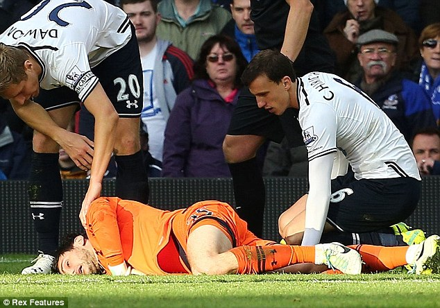 Tottenham keeper Hugo Lloris remained on the pitch last season after being knocked out for almost a minute