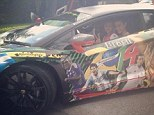Motor: Kadri in the car with Lionel Messi, Sagna and Mesut Ozil on the side