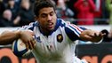 France centre Wesley Fofana dives over to measure conflicting Italy